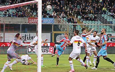 Catania-Catanzaro  1-0